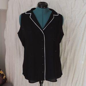 EXPRESS Sleeveless Dress Shirt White Piping Button